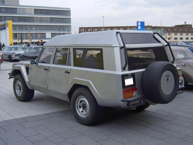 Lamborghini LM002 Station